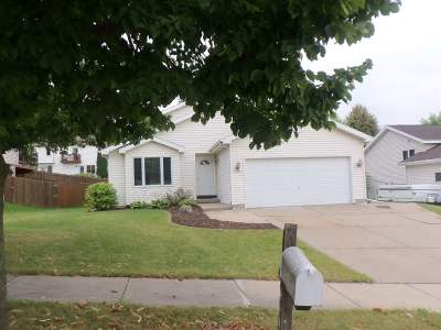Madison WI Single Family Home For Sale: $229,800