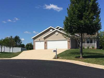 Madison Single Family Home For Sale: 5 Willowbrook Ct