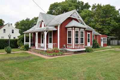 Beloit Single Family Home For Sale: 1701 Colley Rd