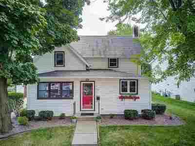 Waunakee Single Family Home For Sale: 107 Bacon St