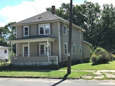 Columbus Single Family Home For Sale: 215 S Water St