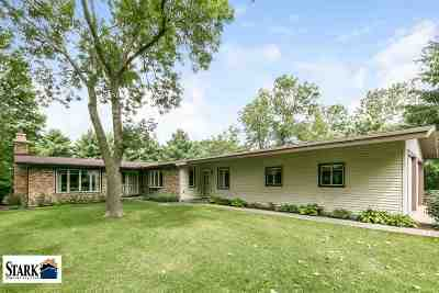 Wisconsin Dells Single Family Home For Sale: 4186 6th Ln