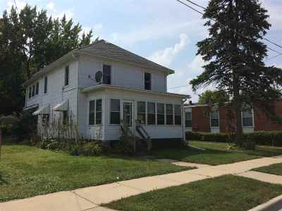 Janesville Multi Family Home For Sale: 414 S River St
