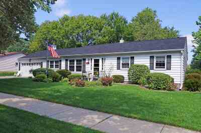 Janesville Single Family Home For Sale: 459 S Lexington Dr