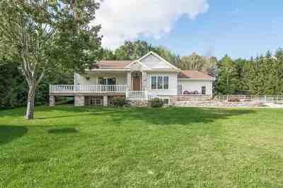 Waunakee WI Single Family Home For Sale: $625,000
