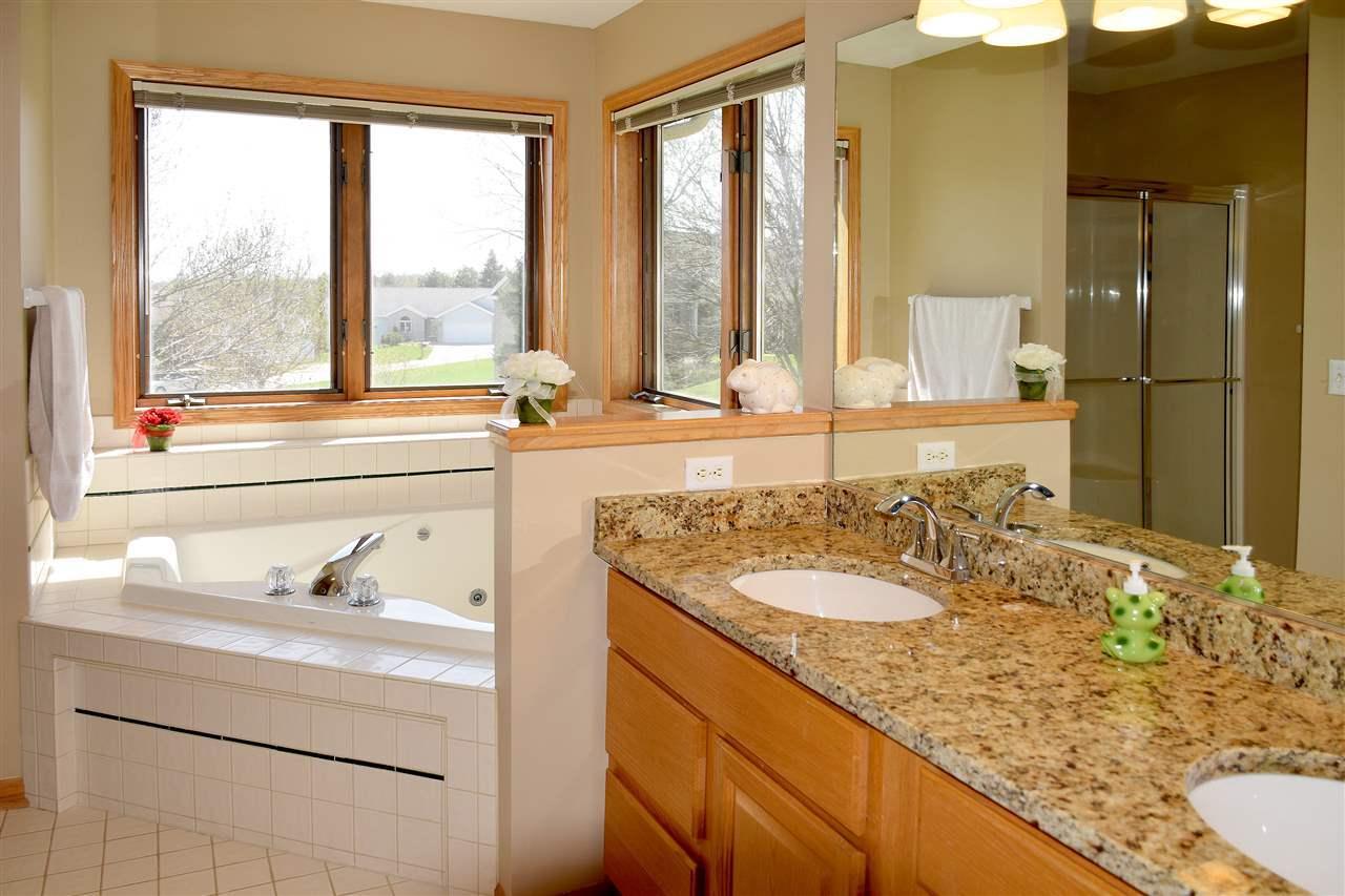 Bathroom vanities madison wi -  Property Photo