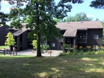 Wisconsin Dells Condo/Townhouse For Sale: 4 Laurel Tr