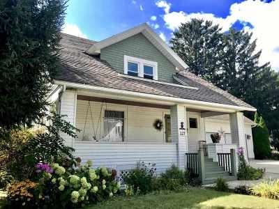 Jefferson Single Family Home For Sale: 127 S Fischer Ave