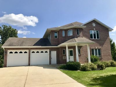 Mount Horeb Single Family Home For Sale: 109 Robyn Ridge