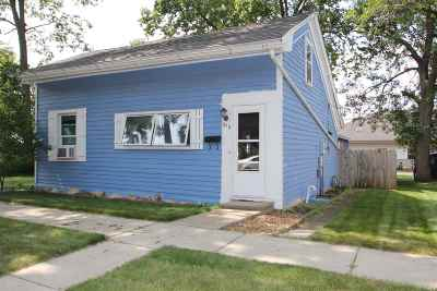 Sauk City Single Family Home For Sale: 913 Franklin St