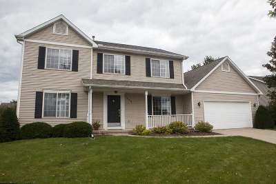 Cottage Grove Single Family Home For Sale: 305 Carriage Dr