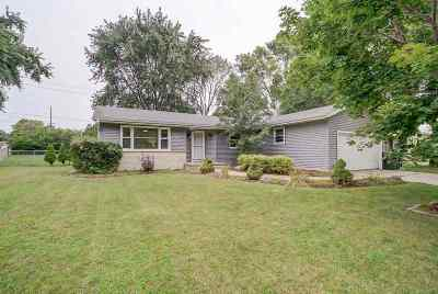 Sun Prairie Single Family Home For Sale: 710 Summit Ave