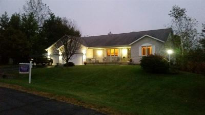 Sun Prairie Single Family Home For Sale: 2734 Brooks Ridge Dr