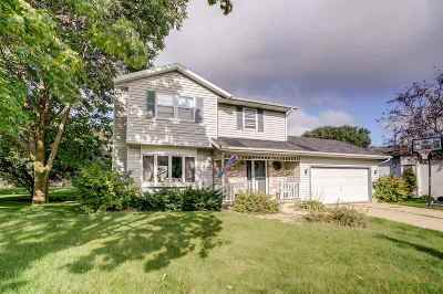 Waunakee Single Family Home For Sale: 505 Agnes Ave