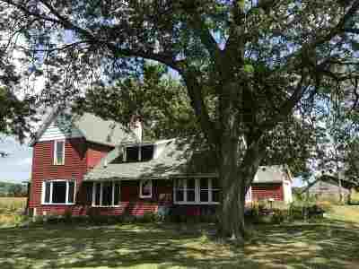 Pardeeville Single Family Home For Sale: N5088 Gillingham Rd