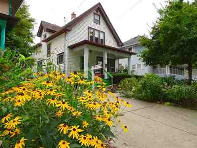 Madison Single Family Home For Sale: 209 Dixon St