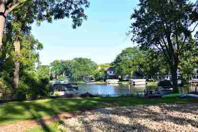 Madison Single Family Home For Sale: 5328 Lake Mendota Dr