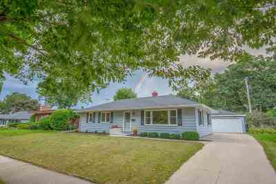 Madison Single Family Home For Sale: 465 Berwyn Dr