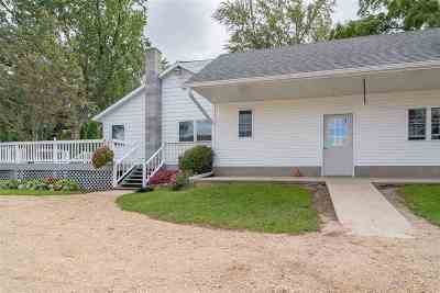 Pardeeville Single Family Home For Sale: N9775 Hwy 22
