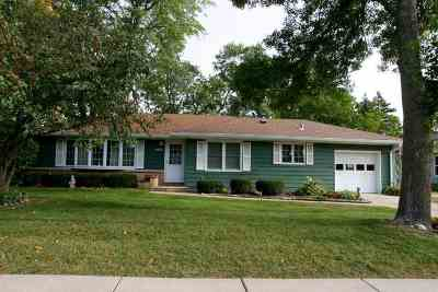 Dane County Single Family Home For Sale: 4618 Tokay Blvd