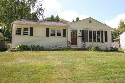 Madison Single Family Home For Sale: 1405 Iowa Dr