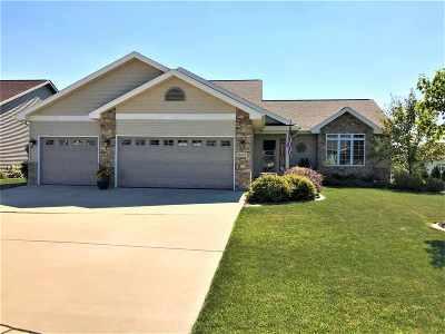Windsor Single Family Home For Sale: 4422 Memorial Cir