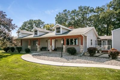Edgerton WI Single Family Home For Sale: $425,000