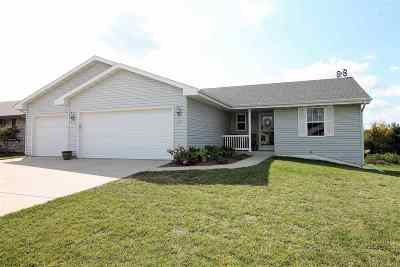 Milton Single Family Home For Sale: 4637 Highview Dr