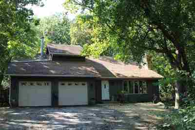 Dane County Single Family Home For Sale: 4763 Country Meadows