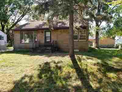 Madison Single Family Home For Sale: 3725 Clover Ln