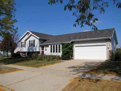 Madison Single Family Home For Sale: 6804 Bluff Point Dr