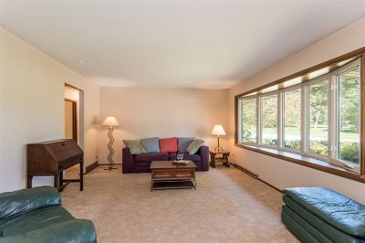 Madison Single Family Home For Sale: 802 Meadowlark Dr