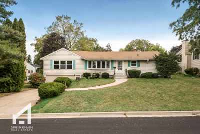 Dane County Single Family Home For Sale: 5504 Brandt Pl