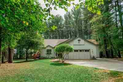 Prairie Du Sac Single Family Home For Sale: E10479 Pine Cir