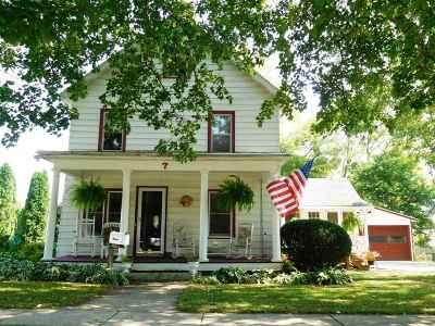 Edgerton Single Family Home For Sale: 7 West St