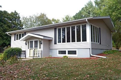 Madison Single Family Home For Sale: 5902 Tolman Terr