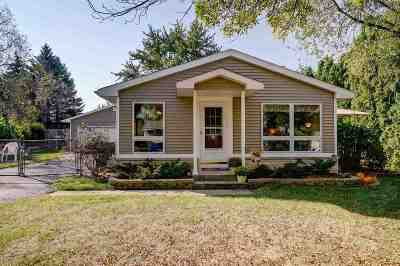 Single Family Home For Sale: 412 E Verleen Ave