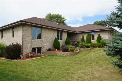 Milton Single Family Home For Sale: 1217 Brown Dr