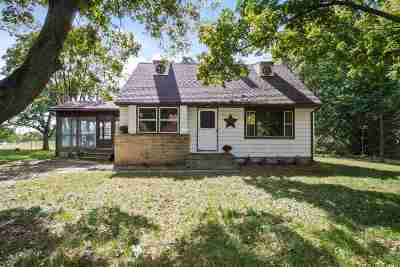 Cottage Grove Single Family Home For Sale: 4269 Vilas Rd