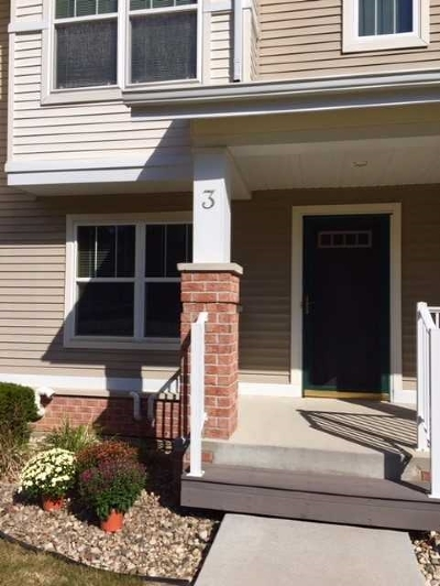 Middleton Condo/Townhouse For Sale: 707 Cricket Ln #3