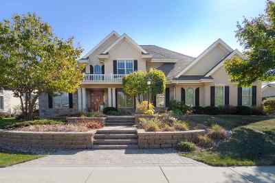 Middleton Single Family Home For Sale: 910 Winding Way