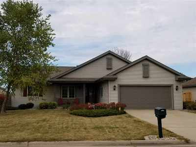 Janesville Single Family Home For Sale: 3613 Curry Ln