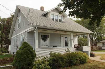 Lancaster WI Single Family Home For Sale: $90,000