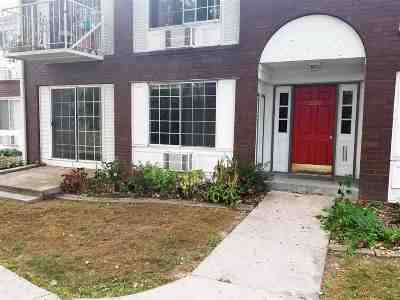 Middleton Condo/Townhouse For Sale: 2160 Allen Blvd #2