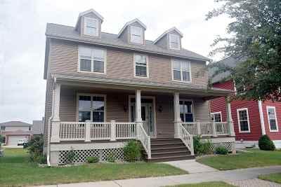 Sun Prairie Single Family Home For Sale: 3248 Pleasant St