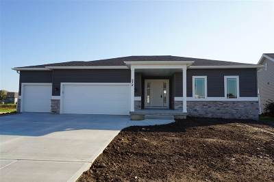 Deforest Single Family Home For Sale: 835 Shooting Star Cir