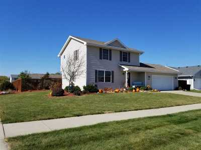 Milton Single Family Home For Sale: 4701 Overlook Dr
