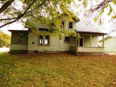 Columbus Single Family Home For Sale: W2905 Hwy 60