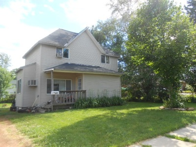 Mauston WI Single Family Home For Sale: $59,900