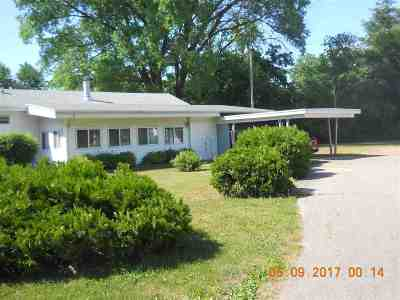 Friendship WI Single Family Home For Sale: $54,900